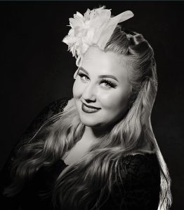 Charleen's Portrait Studio - Glamour Portraits